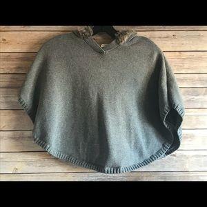🌲5/$25 Hope & Henry Sweater